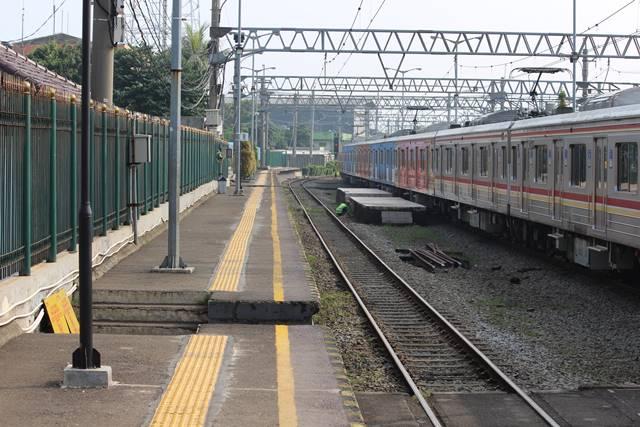 Penjelasan Cara Naik Commuter Line