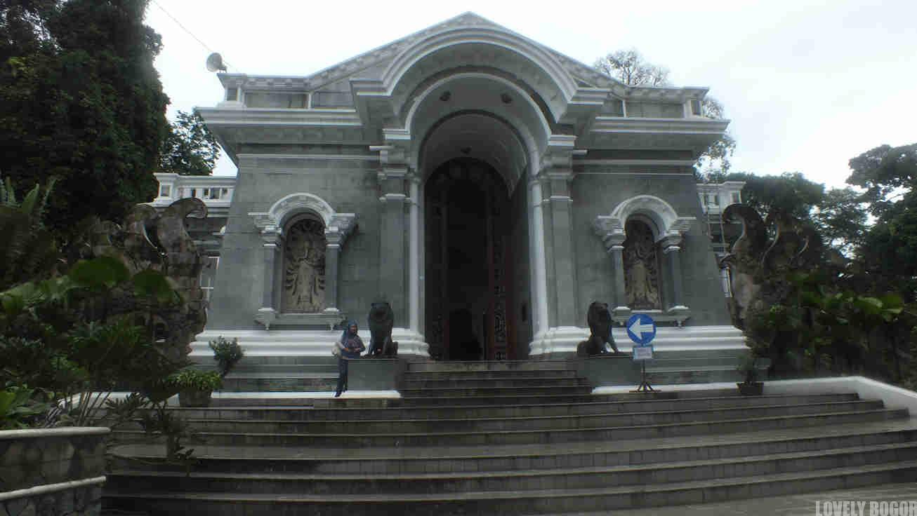 Menuju Stasiun Bogor dari Kebun Raya