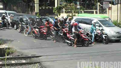 Pintu Perlintasan Martadinata Bogor