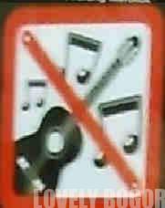 Hal Yang Dilarang di atas Commuter Line