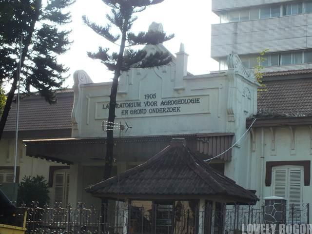 Gedung Balai Penelitian Tanah Bogor