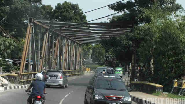Jembatan Besi di Jalan RE Martadinata Bogor