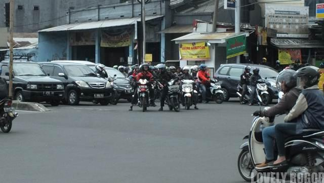 Pelanggaran rambu lalu lintas di Bogor