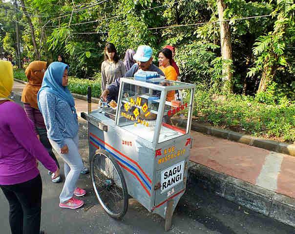 Bogor Street Vendor