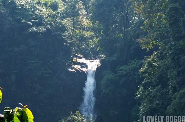 The pretty waterfall Cigamea Bogor