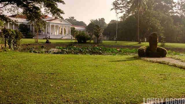 Monumen Reinwardt Dan Istana Bogor
