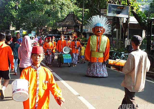 Ondel Ondel Di Bogor