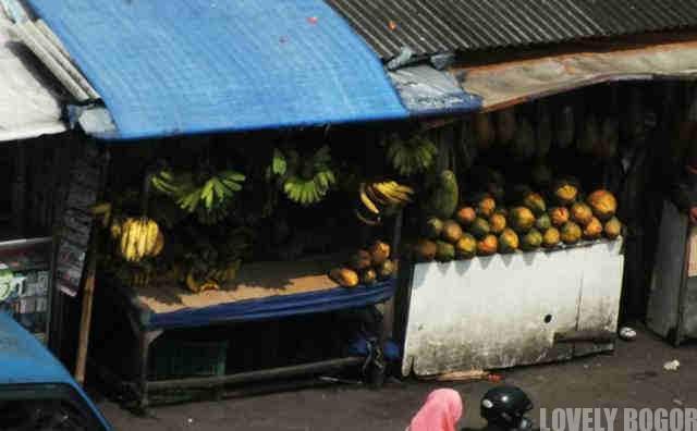 Pedagang Pasar Jambu Dua Bogor