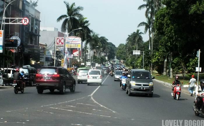 Pemandangan Di Jalan Sudirman Bogor