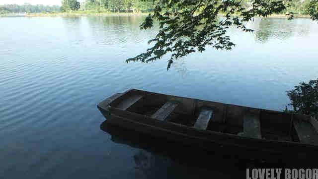 Perahu Tua Di Situ Tonkong
