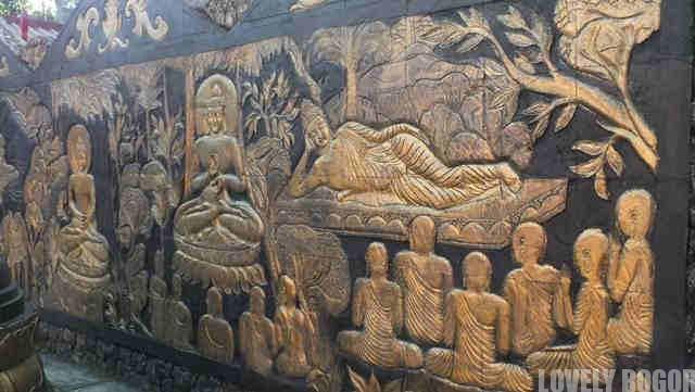 The 8 Pho Sat Temple Reliefs