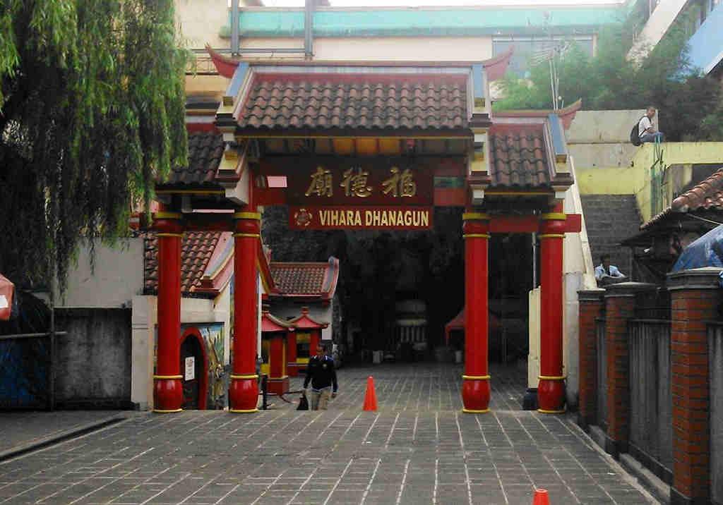 Hok Tek Bio Temple The Trail Of Teh Dragon Bogor