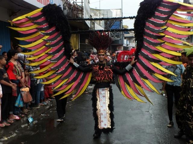 Pakaian Aneh Dan Heboh Cap Go Meh Bogor 2016