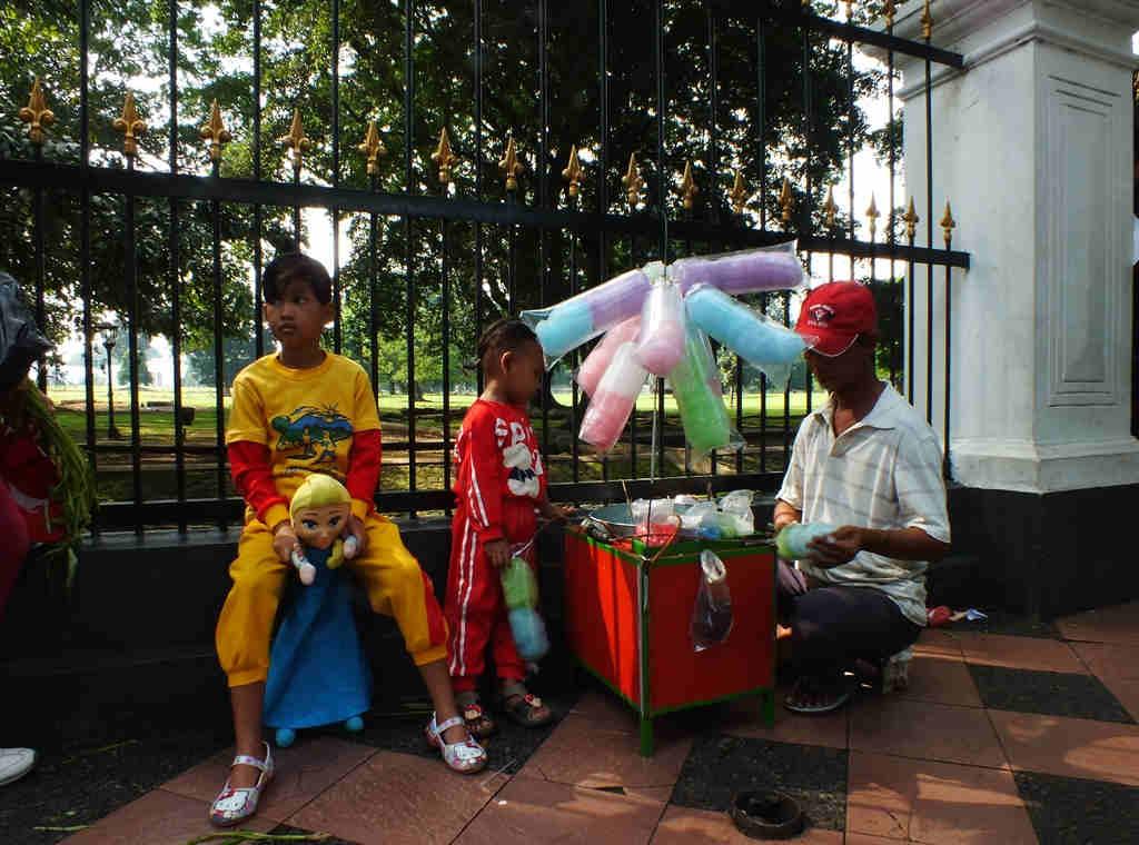Penjual Kembang Gula Bogor
