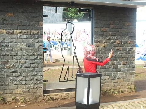 Selfie Di Taman Corat Coret Bogor