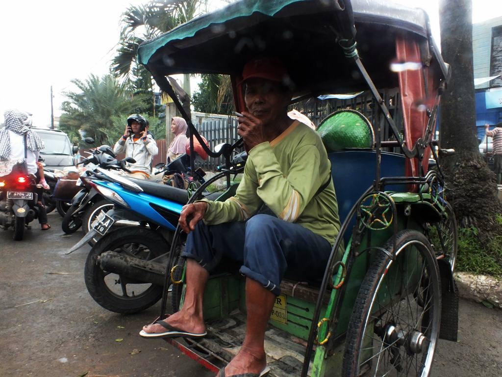 Tukang Becak Di Bogor