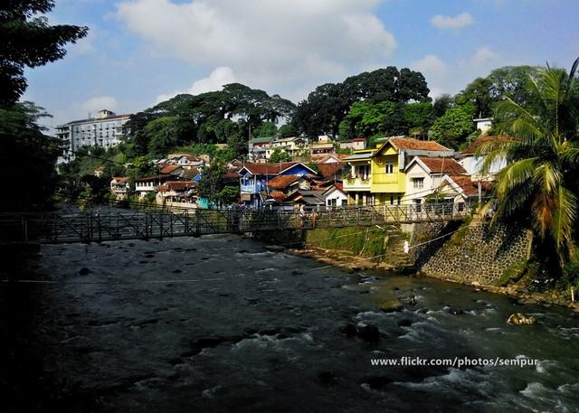 Sungai Ciliwung di Sempur