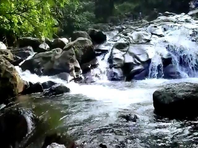 Tempat Wisata di Bogor Curug Panjang