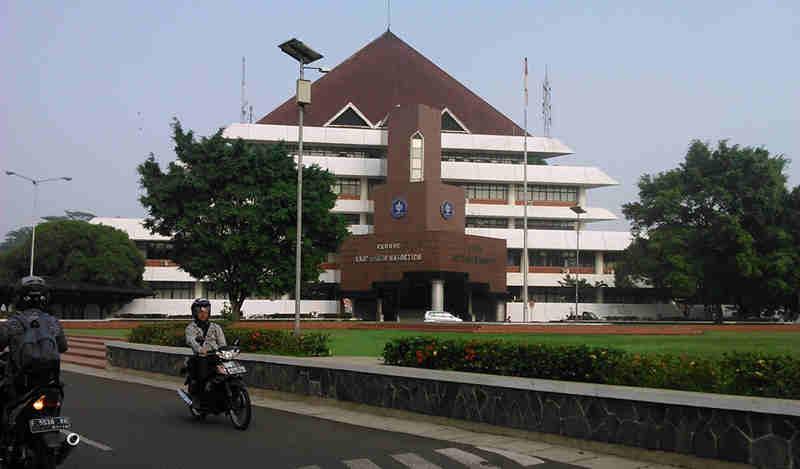 Bangunan Ramah Lingkungan - Kampus IPB Dramaga 01
