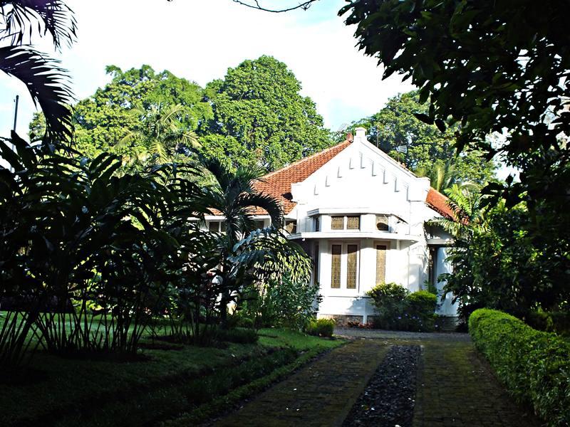 Rumah Gaya Belanda di Jalan Ahmad Yani bogor
