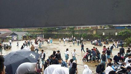 Banjir SMA Negeri 2 Bogor