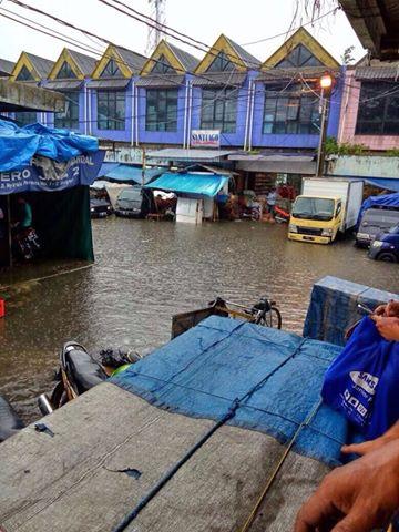 Pasar Anyar Banjir
