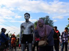 Manusia Kaleng di Car Free Day Bogor