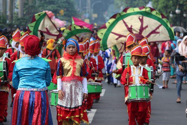 Lomba Drum Band anak anak