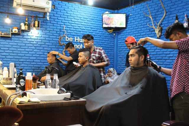 hunky dory barbershop langganan pak Jokowi