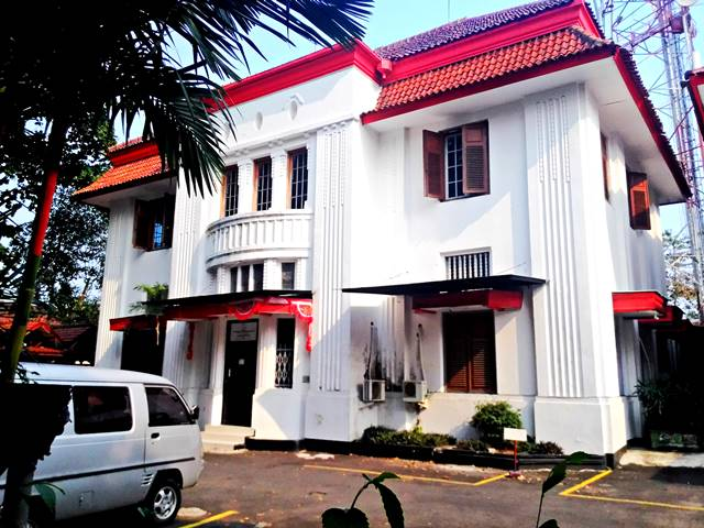 Telefoon Kantoor te Buitenzorg - Kantor Telepon Bogor Cagar Budaya. 2