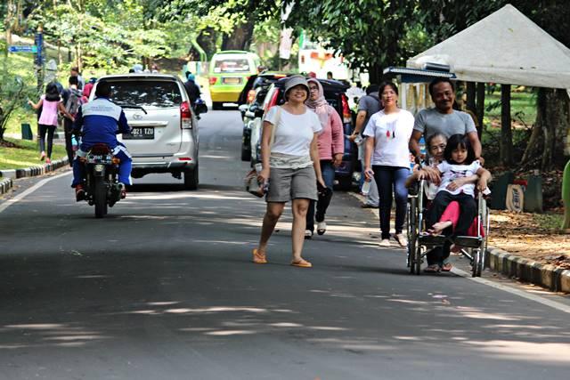 Permintaan Peninjauan Ulang Kebijakan Mobil Boleh Masuk Kebun Raya Bogor di Hari Libur