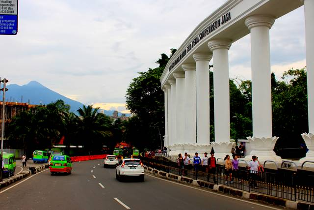 The Nine Gates - Terrace That Symbolizes How You Should Live In Bogor a