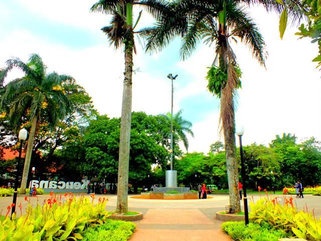 Kencana Park b