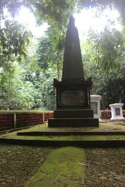 Makam Ary Prins - Dua Kali Menjabat Gubernur Jendral Hindia Belanda 2