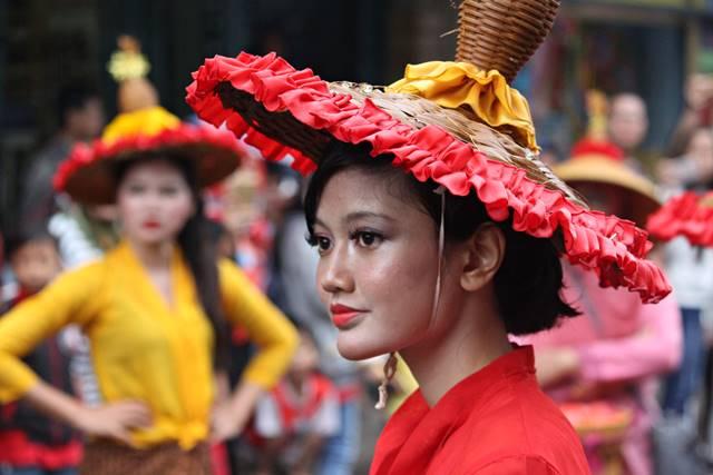 Warna warna cantik pemanis Bogor Street Festival 2 Merah