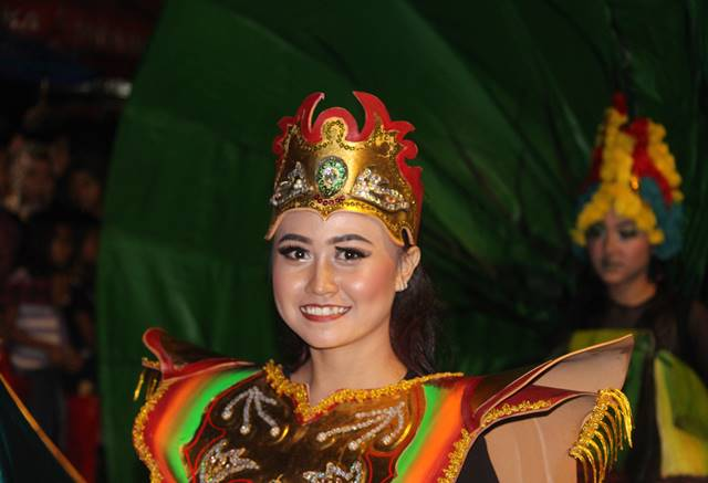 Bogor Street Festival 2 warna gabungan