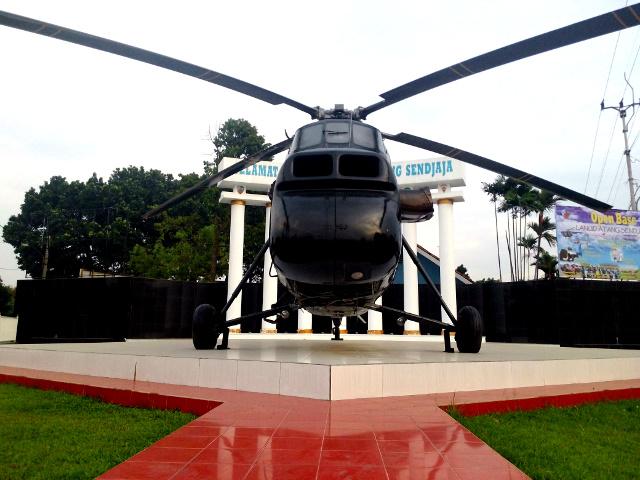 si codot sikorsky s-58 monumen helikopter baru di Atang Sanjaya Bogor