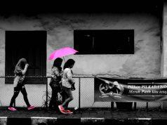 sudah tahu bogor kota hujan makanya jangan lupa bawa payung