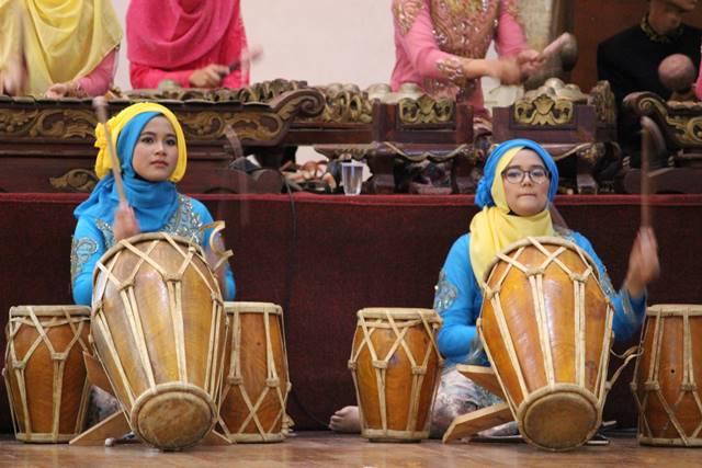 degung sundanese traditional musical arts B