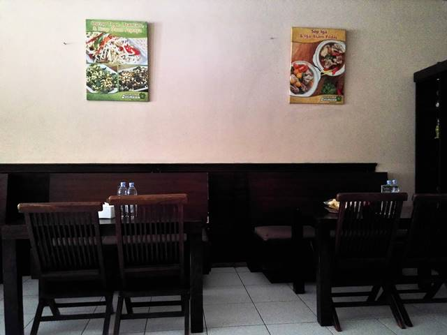 rumah makan ayam geprek istimewa 2
