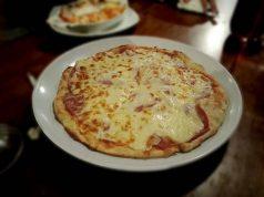 Kedai Kita - Pizza Kayu Bakar Yang Menghangatkan Malam A