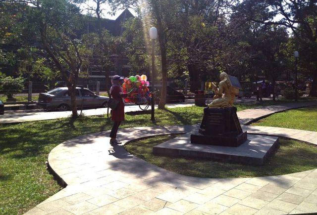 Patung Revitalisasi Sumpah Pemuda di Taman Kencana