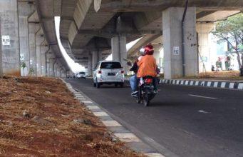Pemandangan di Kolong Toll Bogor Outer Ring Road Seksi IIB C