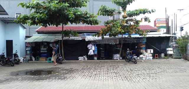 Bursa Ikan Hias Laladon - Anda Butuh Akuarium E