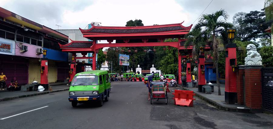 The Gate Of Suryakencana - Entrance to Bogor's Chinatown 3