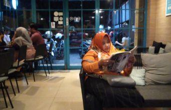 Dailydose Coffee And Eatery - Ngopi Sambil Baca Itu Sesuatu Banget Dah