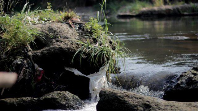 Gunung Sampah Kembali Ditemukan Di Sungai Bogor