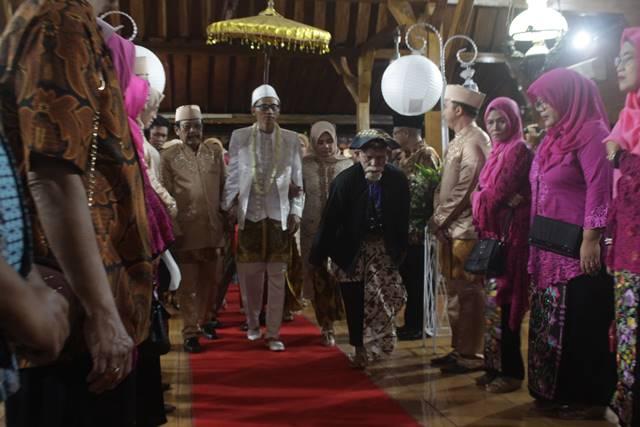Mapag Panganten di Pernikahan di Bogor