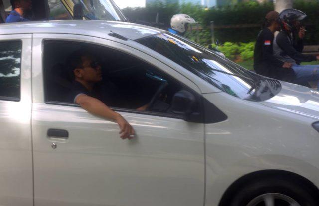 Denda 750 Ribu Tidak Membuat Takut Berkendara Sambil Merokok Masih Banyak Ditemukan B