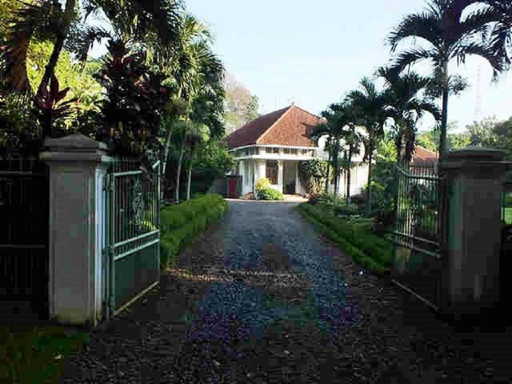 Kisah Pilu Di Rumah Belanda Kuno Ujung Jalan Ahmad Yani B